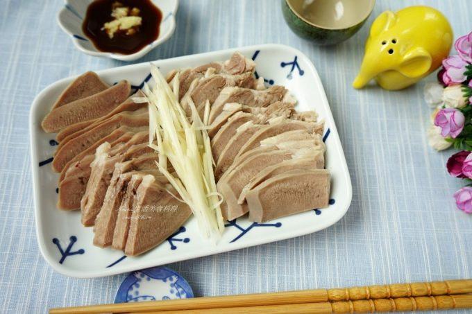 今日熱門文章:豬舌肉處理-只要兩步驟-水煮豬舌肉 (內有生肉圖,會怕請不要點擊文章)