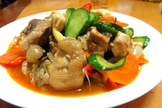 今日熱門文章:燉炒蔬菜雞腿肉