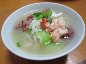 今日熱門文章:海鮮燻雞粥-清冰箱料理