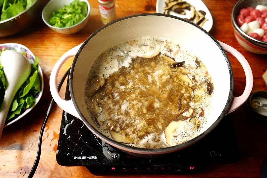 冬至,包肉湯圓,客家湯圓,小湯圓,搓湯圓,湯圓,紅糟湯圓,肉湯圓,自己包湯圓