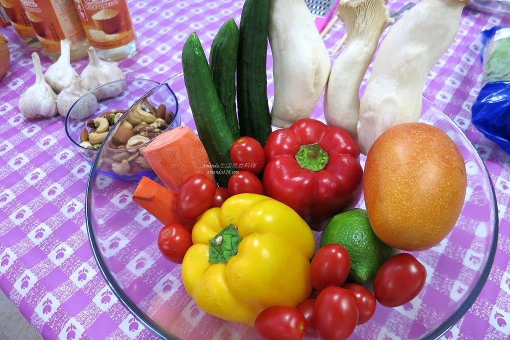 果汁,果醬,水果沙拉醬,沙拉,百香果雞肉,自製沙拉醬,醃漬,醬料,雞腿,雞腿沙拉