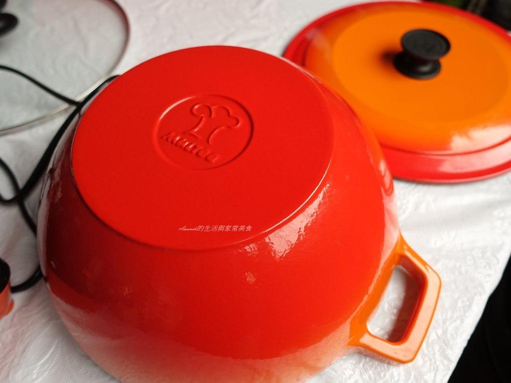 IH爐,ih爐 鑄鐵鍋,三杯,摩堤,摩堤IH爐,摩堤琺瑯鑄鐵鍋,摩堤鑄鐵鍋,濃湯,煲湯,鑄鐵鍋,鑄鐵鍋 ih爐,陶瓷爐,雞湯,電磁爐