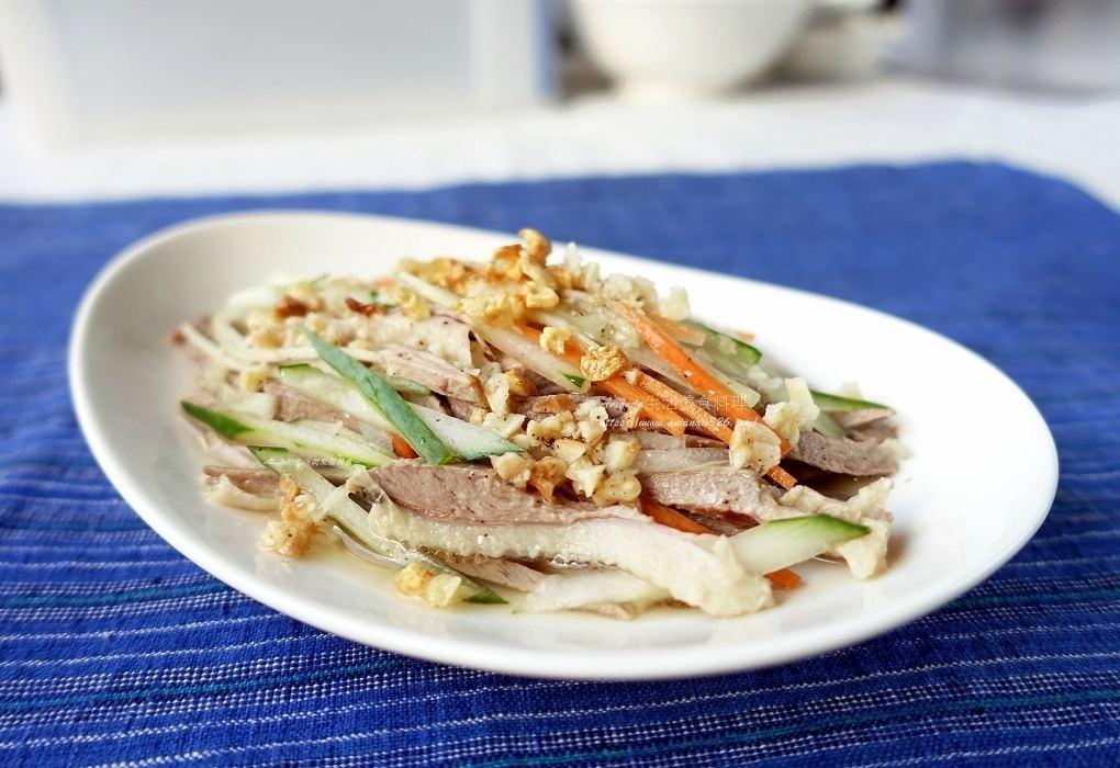 拌鴨絲,涼拌,蒜酥,鴨料理,鴨絲,鴨肉,鴨胸料理 @Amanda生活美食料理