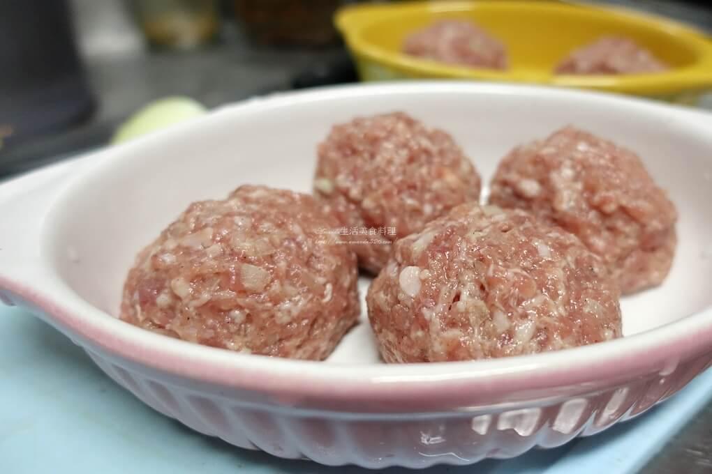 烤丸子,烤牛肉丸,烤肉,烤肉丸,烤肉丸子,瘦肉,絞肉,肉丸,豬肉,食譜