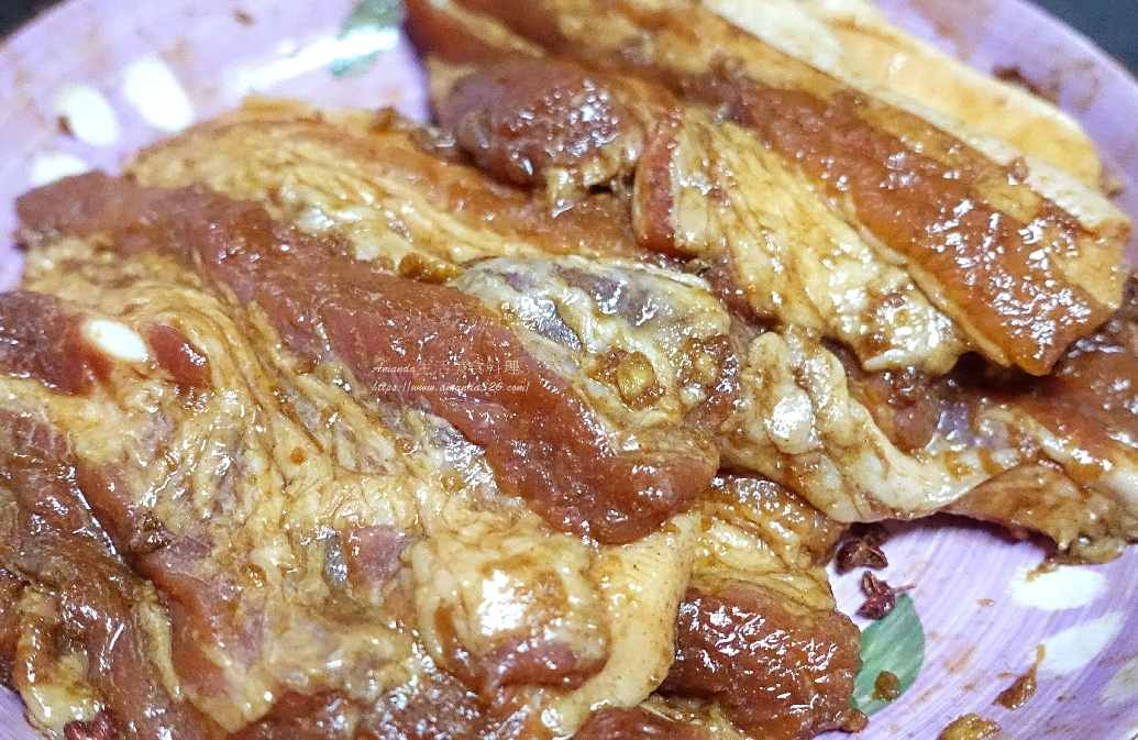 五花燒肉,梅花燒肉,梅花燒肉片食譜,梅花肉,煎肉,燒肉,燒肉怎麼醃,燒肉片醃製,燒肉醃料,燒肉醃製,燒肉醃製方法,燒肉飯醃料,豬肉,醃梅花肉,醃梅花肉片,醃燒肉,醃燒肉片
