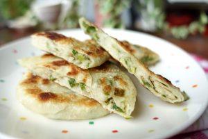 今日熱門文章:蔥油餅-蛋餅皮-燙麵法-免揉麵食輕鬆做