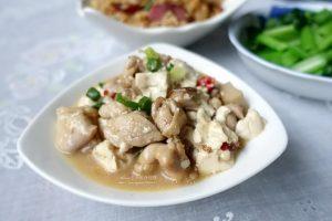 今日熱門文章:蠔油雞丁燒豆腐-低脂美味又下飯