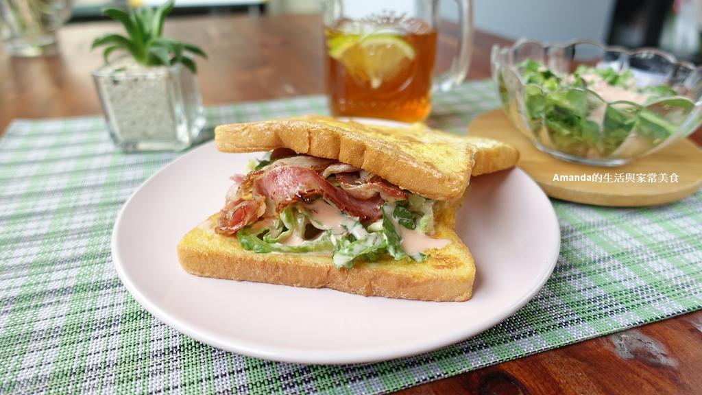 三明治,吐司,培根,培根三明治,早餐,生菜,米可 @Amanda生活美食料理