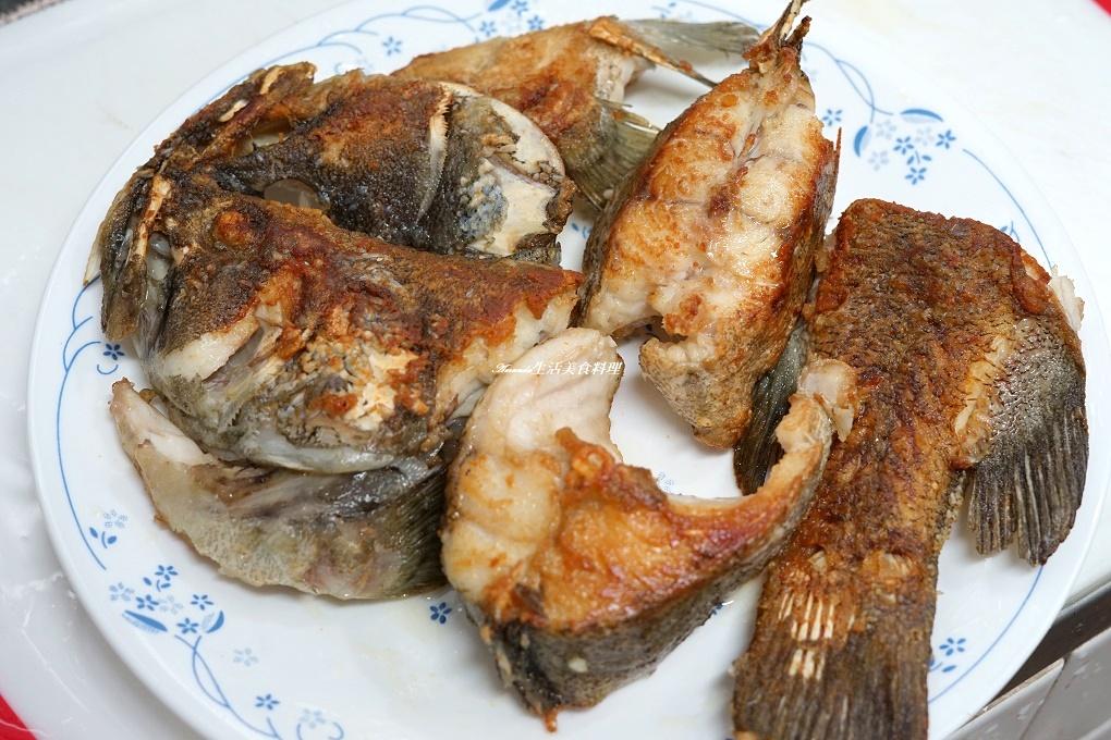 石斑,紅燒石斑,紅燒石斑魚,紅燒石斑魚料理,紅燒魚,蔥燒石斑,蔥燒魚,醬燒石斑,醬燒魚