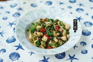 今日熱門文章:十分鐘上菜-蔥花炒雞丁-雞丁蛋炒飯