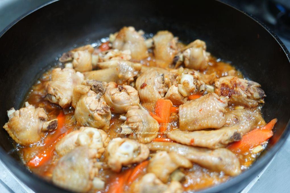 滷雞翅,炒雞翅,炒高麗菜,紅燒雞翅,膠質,蒜味雞翅,蒜炒雞翼,辣炒雞翅,辣雞翅,雞翅,雞翅料理,雞翼料理,雞肉料理
