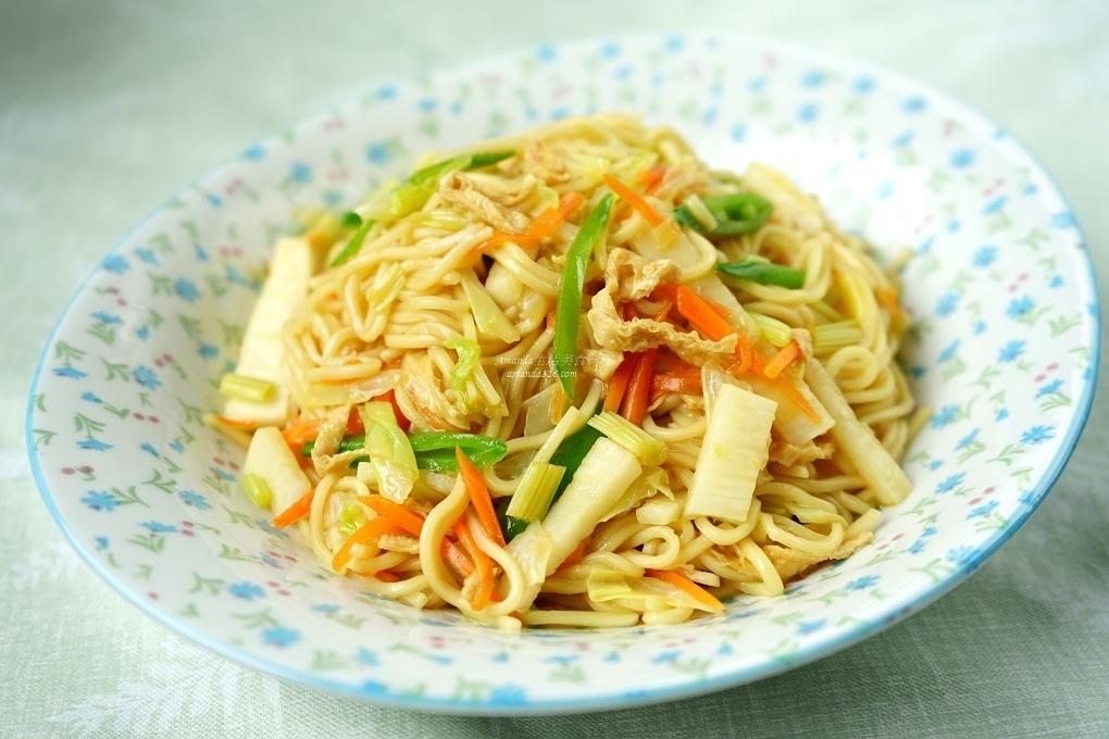 十分鐘上菜,炒麵,素食,蔬食,養生 @Amanda生活美食料理
