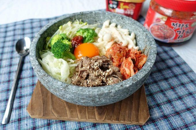 今日熱門文章:石鍋拌飯-韓式泡菜拌飯-永和韓國街