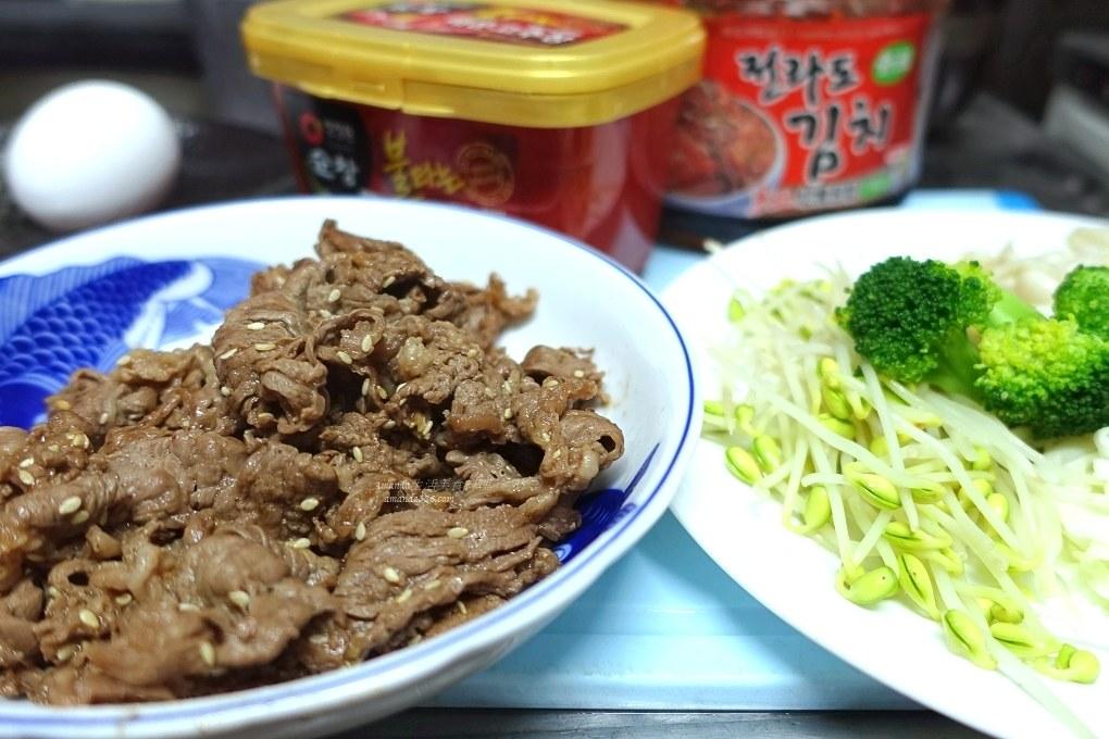 泡菜,泡菜拌飯,炒年糕,石鍋拌飯,辣泡菜,韓國泡菜,韓國街,韓式料理,韓式泡菜,韓式泡菜拌飯