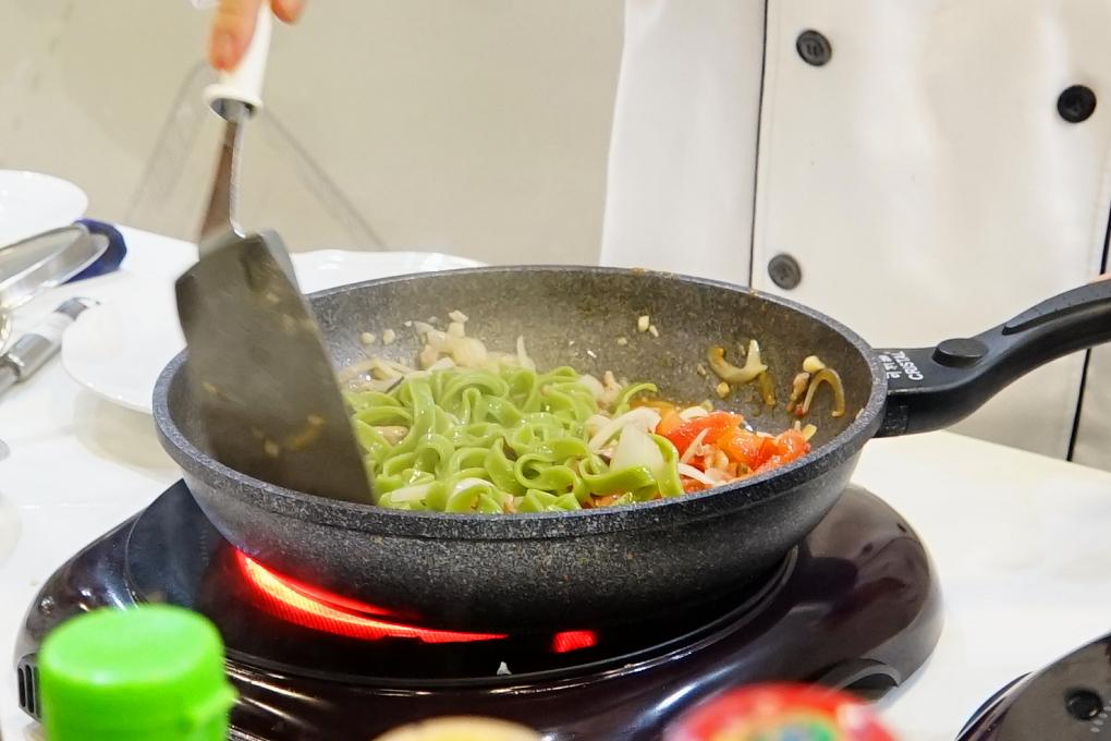 茄汁肉絲波菜義大利麵
