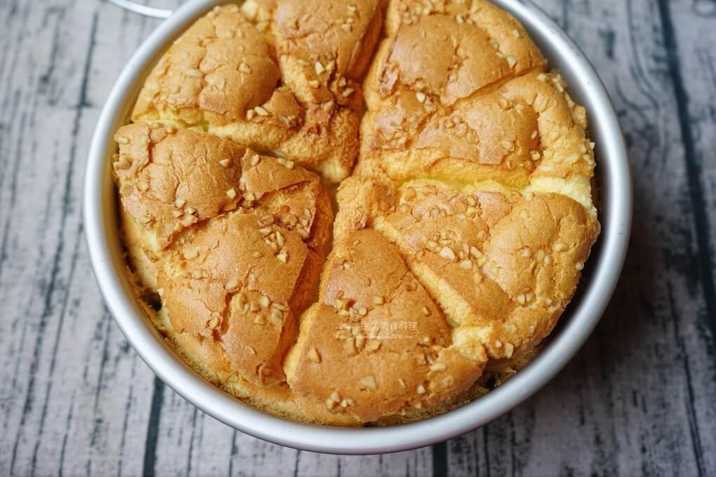 低油,低糖,低糖 蛋糕,低糖蛋糕,低醣蛋糕,戚風,戚風蛋糕,杏仁,蔓越莓,蔓越莓戚風蛋糕,蔓越莓蛋糕,蛋糕