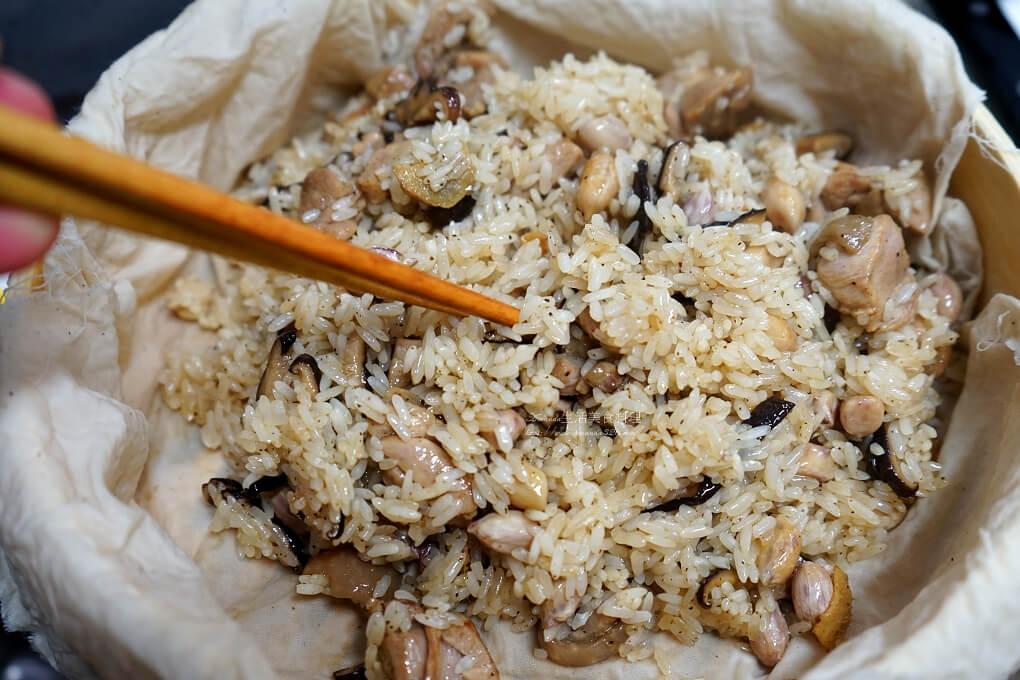年菜,油飯,竹蒸籠,米糕,花生油飯,蒸米糕,電鍋蒸油飯,麻油油飯,麻油米糕