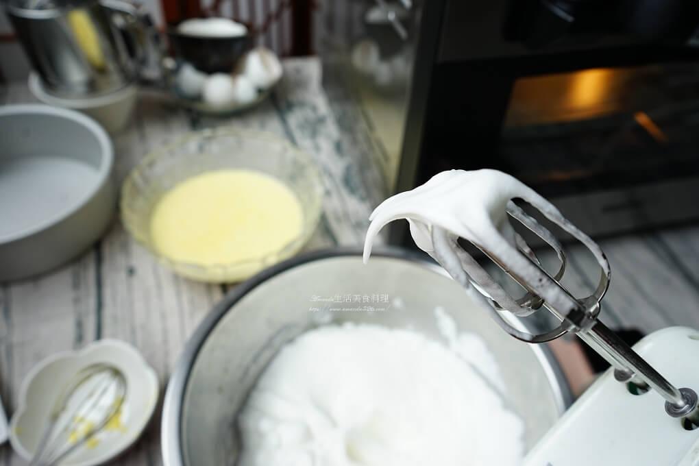 戚風蛋糕,水果蛋糕,滿天星百香果,烘焙,烤箱料理,百香果 蛋糕,百香果蛋糕,百香果蛋糕做法,百香果蛋糕食譜,蛋糕