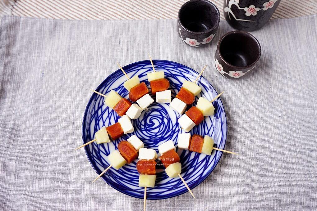 下酒菜,奶油乳酪,年菜,水果入菜,烏魚子,烏魚子 蘋果,烏魚子蘋果,茶點,蘋果
