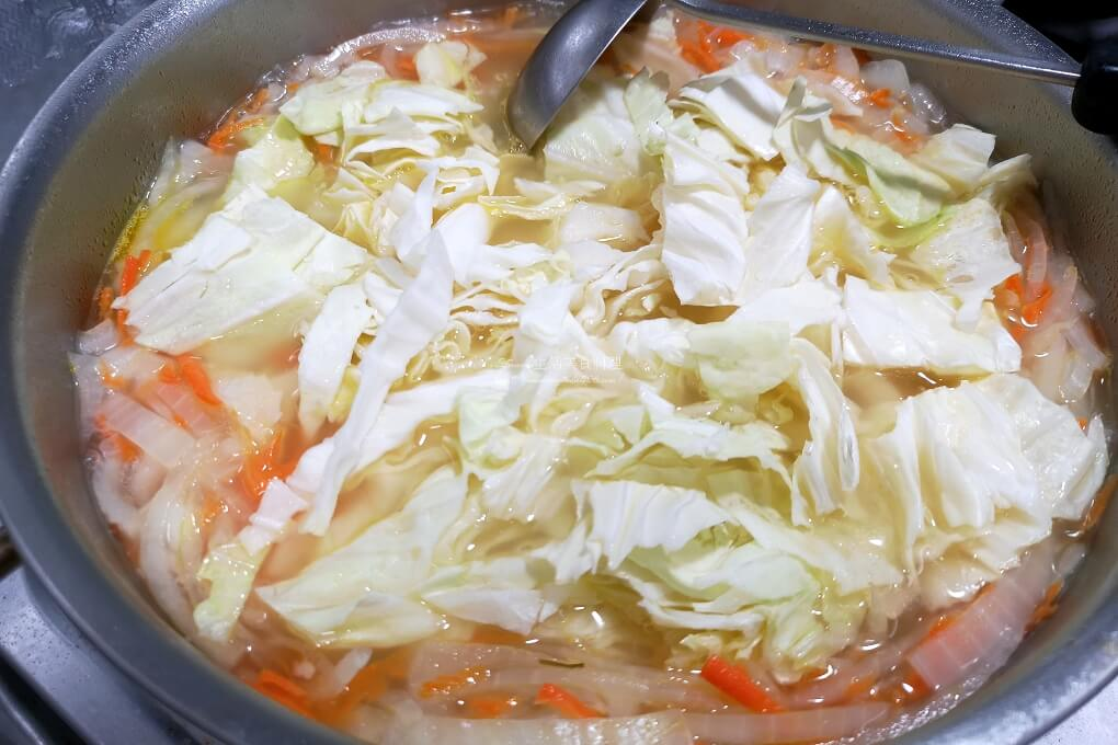 味噌湯,山藥味噌湯,山藥蔬菜湯,山藥豆腐湯,素食味噌湯,素食蔬菜味噌湯,蔬菜湯,蔬食