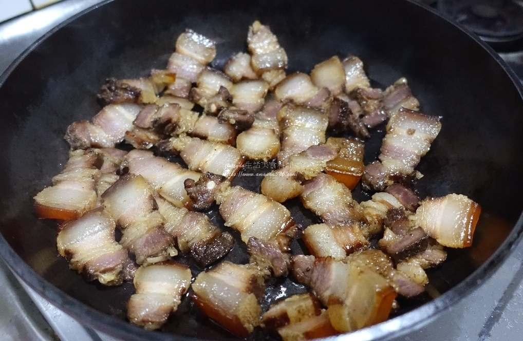 五花肉,大蒜,大蒜花莖,炒蒜苔,炒蒜薹,臘肉,蒜籉,蒜苔,蒜苔炒臘肉,蒜苗,蒜薹,蒜薹料理