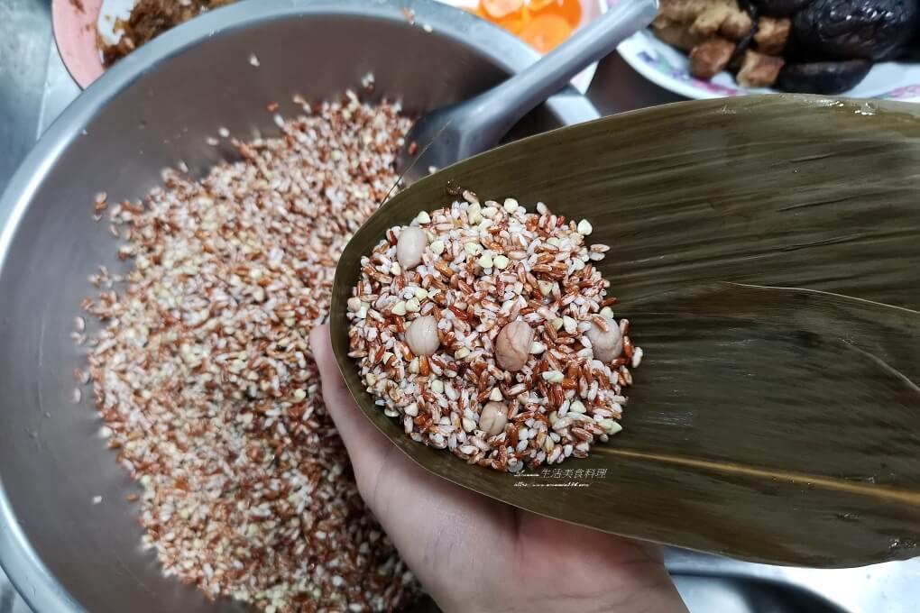不脹氣粽子,五穀粽,南部粽,有機米,梗米,水煮粽,無毒米,紅米,肉粽,胭脂米,胭脂米粽,花蓮米,香菇蛋黃粽