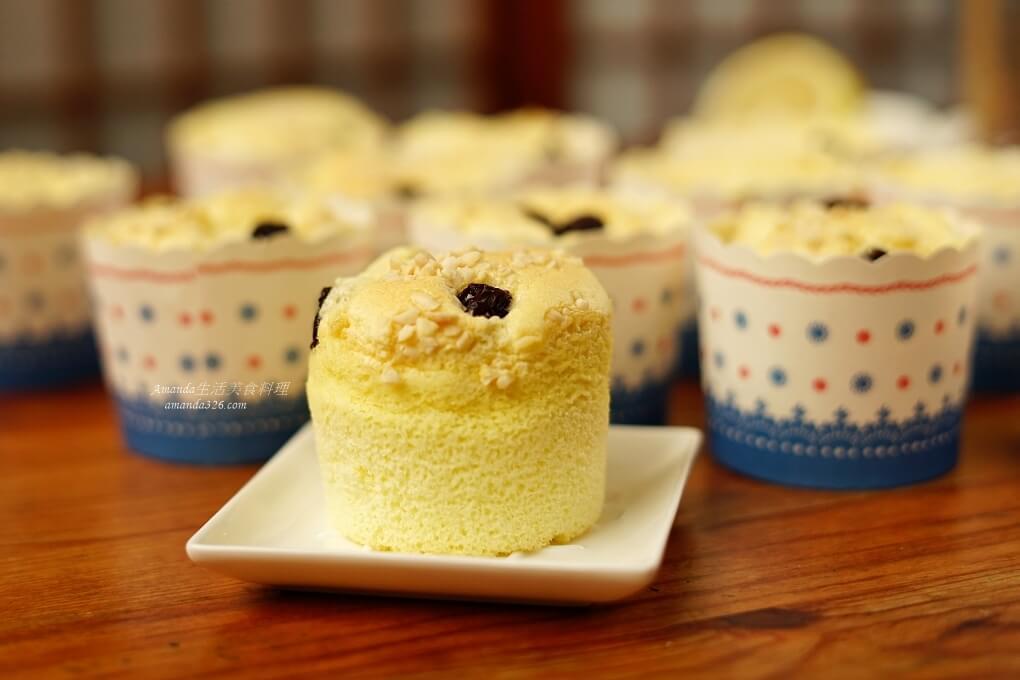 戚風蛋糕,杏仁蛋糕,杯子蛋糕,甜點,葡萄乾,蛋糕 @Amanda生活美食料理