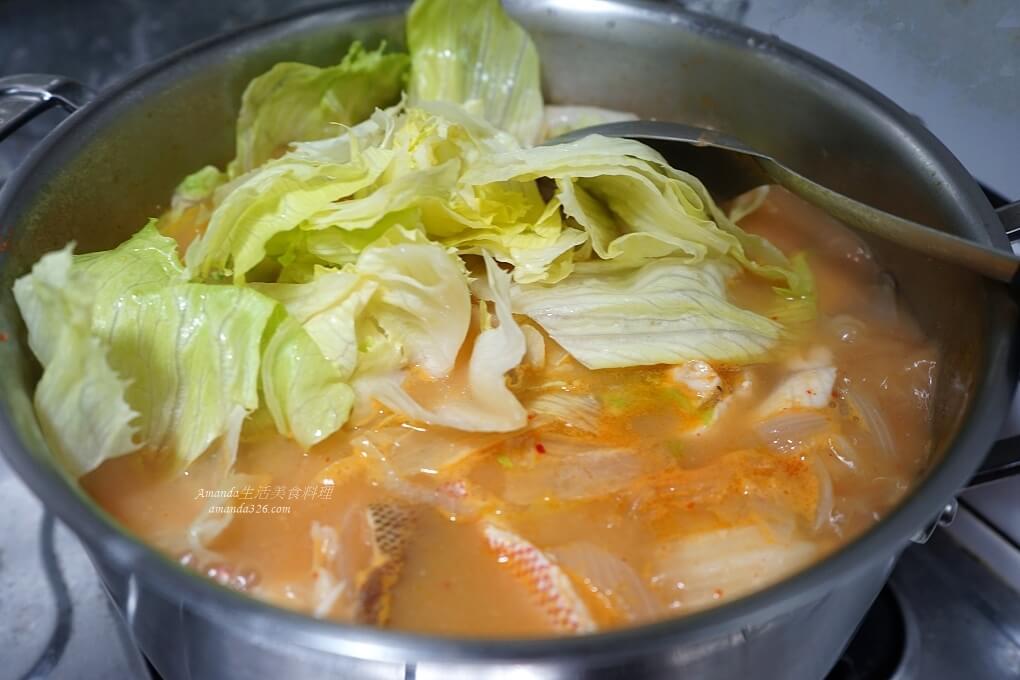 去魚骨,取魚肉,味噌鍋,味噌魚,料理影片,料理影音,泡菜鍋,海陸湯,海陸鍋,紅魚味噌,紅魚湯,肉片湯,魚湯,魚骨煲湯
