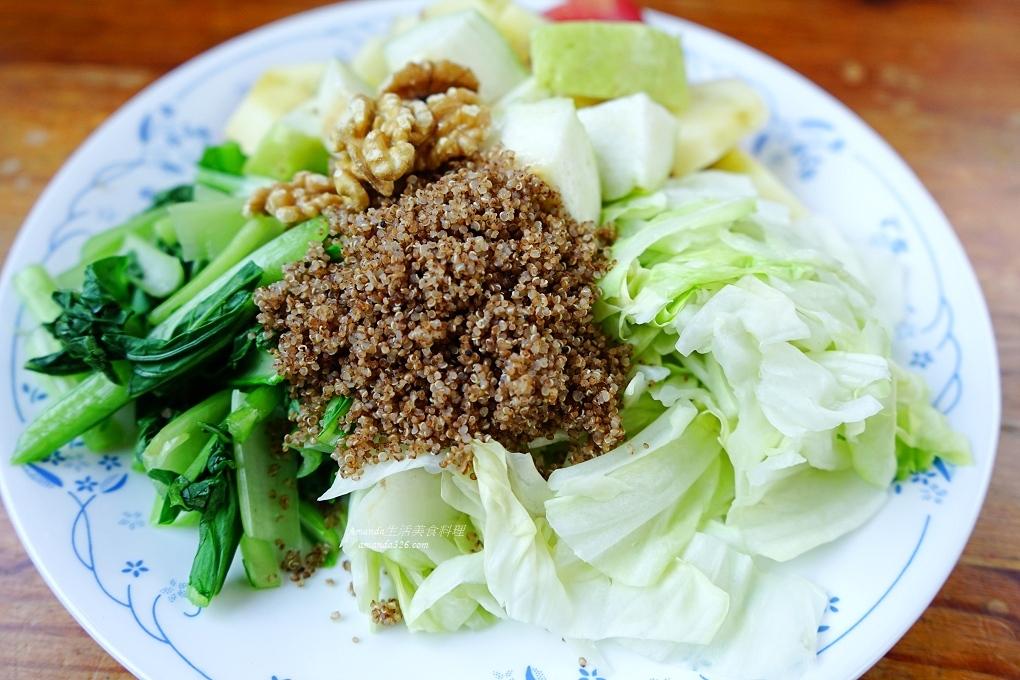 五穀蔬果,台灣紅藜,減醣綠拿鐵,生酮綠拿鐵,瘦身,瘦身餐,紅藜麥,綠拿鐵,綠拿鐵瘦身,蔬果汁,藜麥