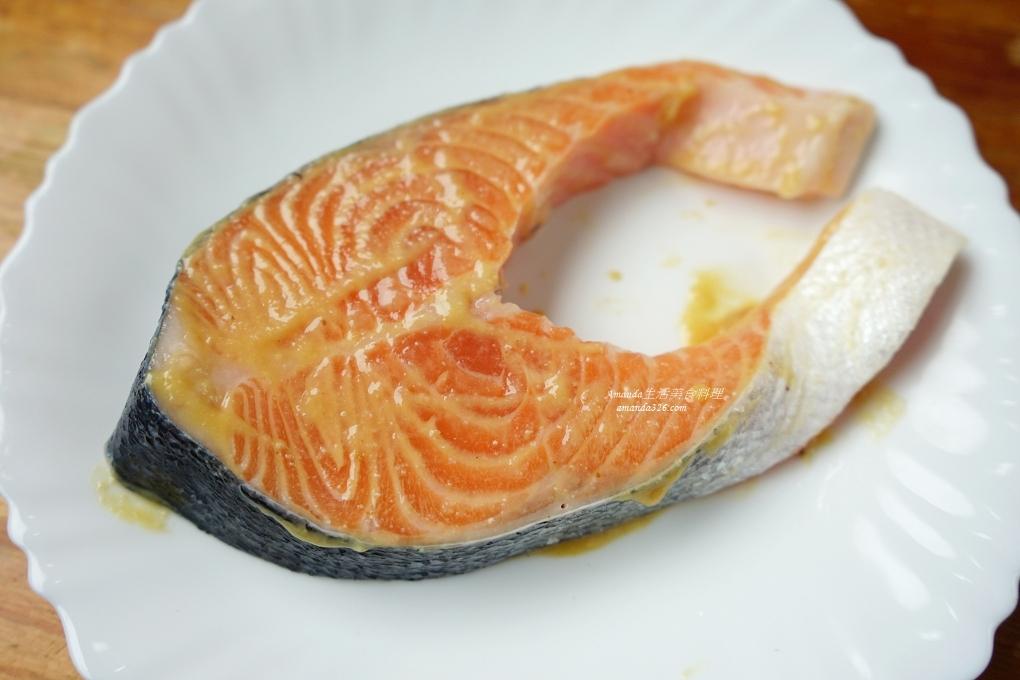 味增鮭魚,氣炸味噌鮭魚,氣炸料理,氣炸鍋,氣炸食譜,紙包蔬菜,紙包魚,紙包魚氣炸鍋,紙包鮭魚,紙包鮭魚 氣炸鍋