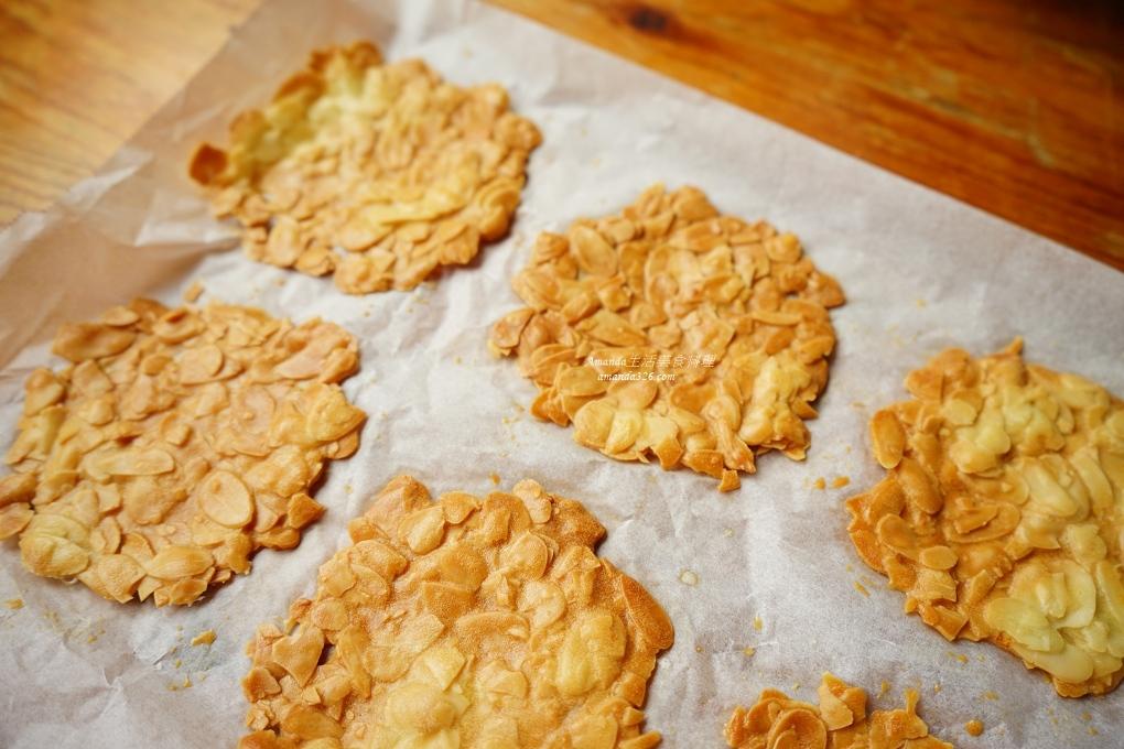 小烤箱烘焙,杏仁瓦片,杏仁酥,杏仁酥片,杏仁餅,烤箱烘焙,烤箱甜點