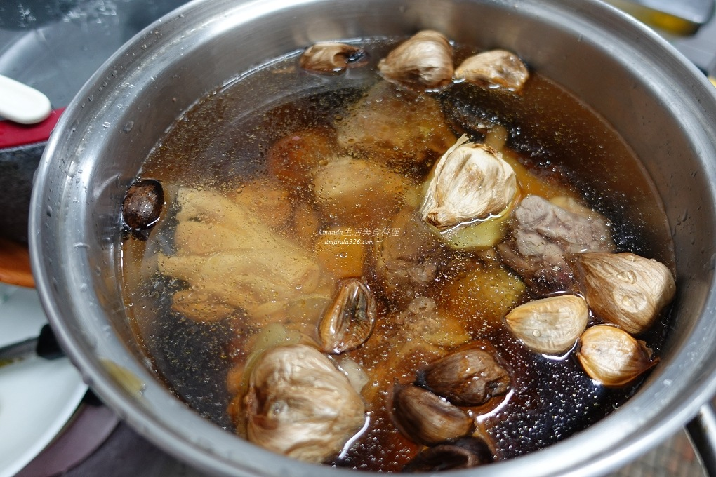 剝皮辣椒雞,蒜頭雞,雞湯,養生湯,養生雞湯