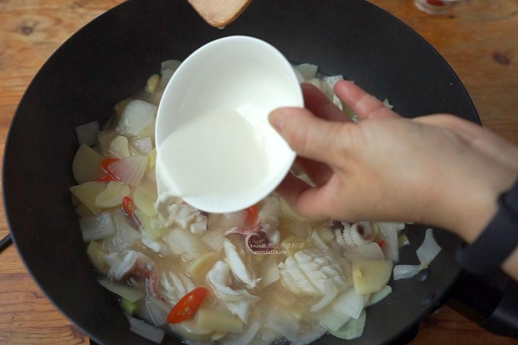 十分鐘上菜,十分鐘料理,台灣小吃,料理影片,料理影音,海鮮,海鮮羹,花枝,花枝羹