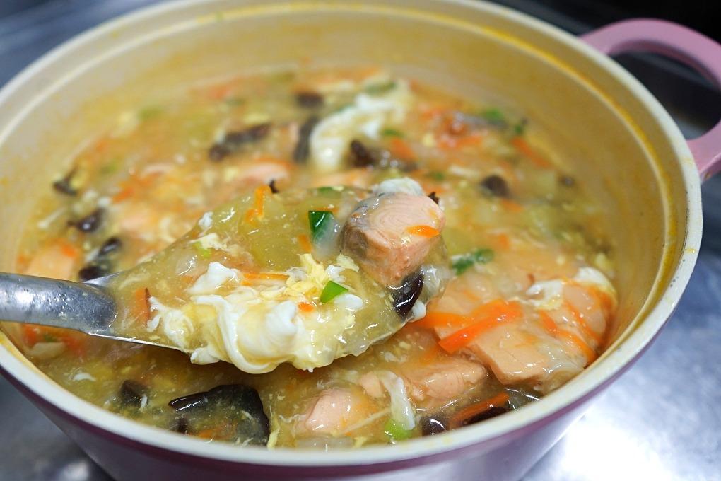 健康飲食,失智飲食,營養,燴飯,蔬菜鮮魚燴飯,鮭魚燴飯