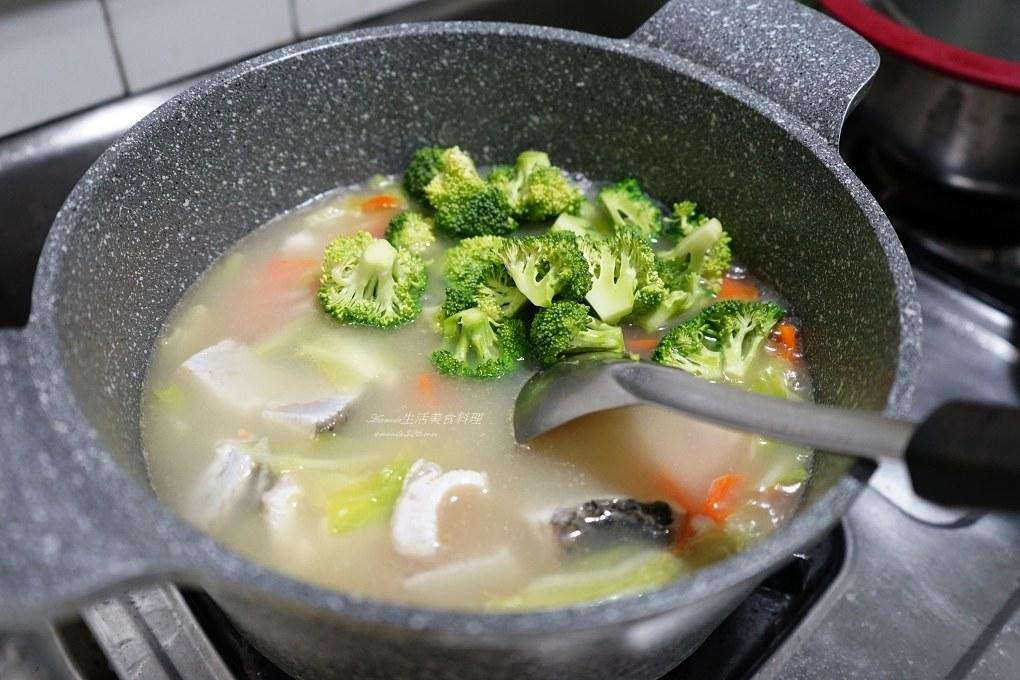 一鍋煮,海鮮料理,無油煙,燴飯,飯湯,魚料理,魚燴飯,鱸魚,鱸魚料理,鱸魚燴飯